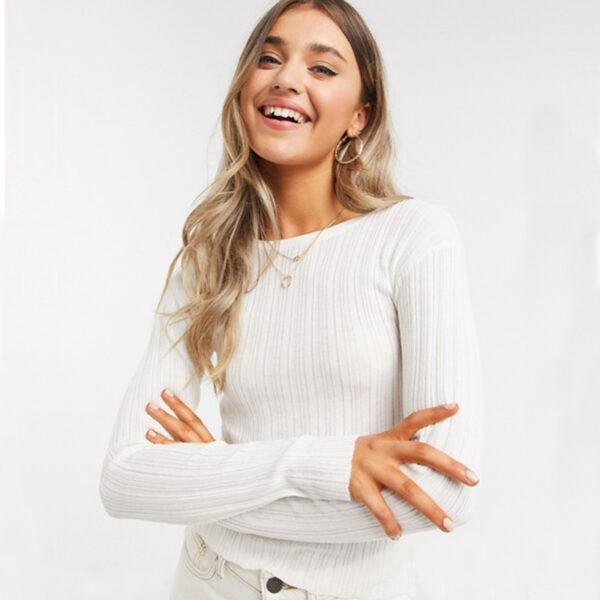 Womens Crew Neck Ribbed Sweater in Cream